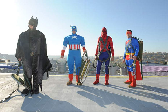 superhero-window-washer-group-pittsburgh