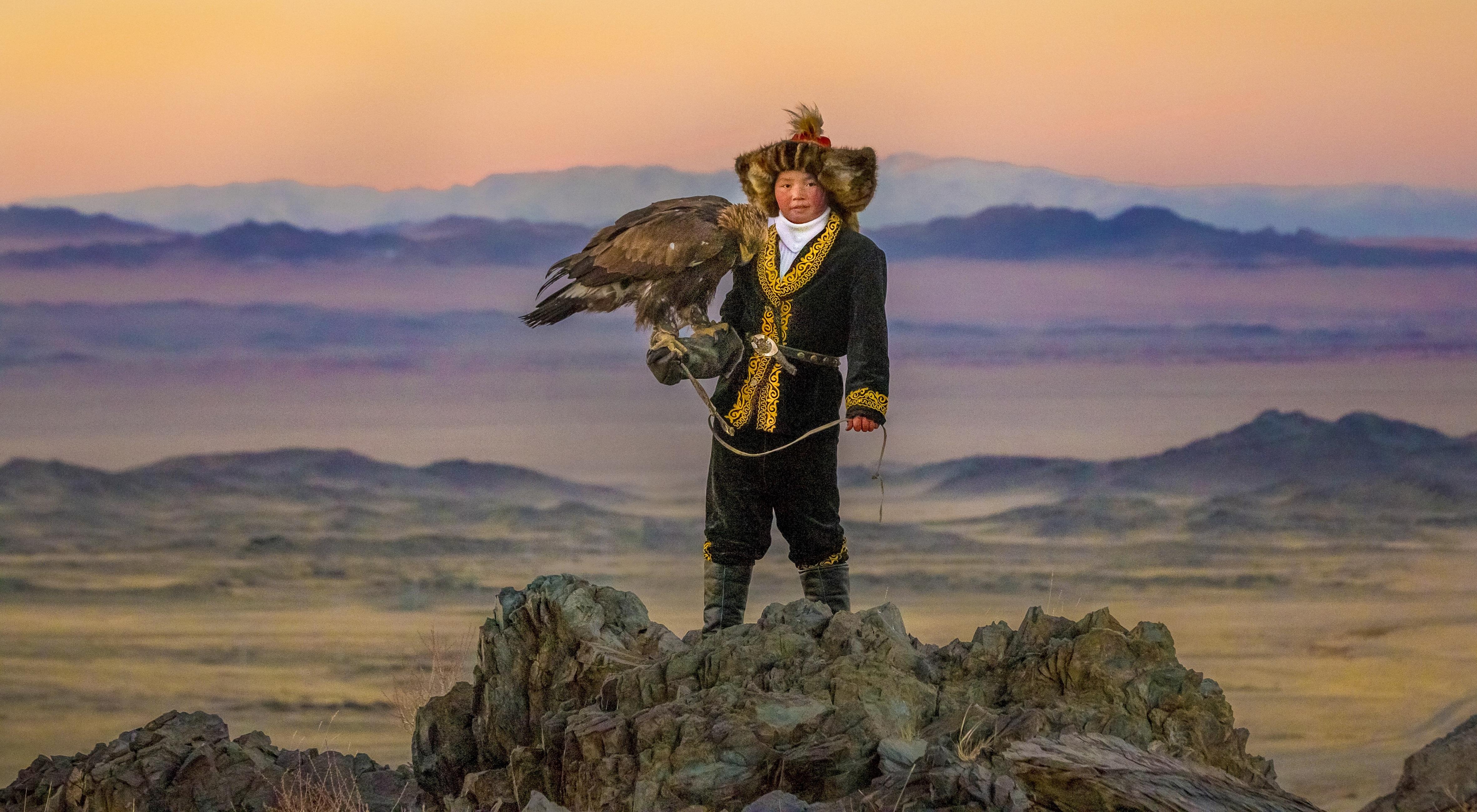 'Force Awakens' Star Daisy Ridley to Executive Produce Sundance Premiere Film 'The Eagle Huntress'
